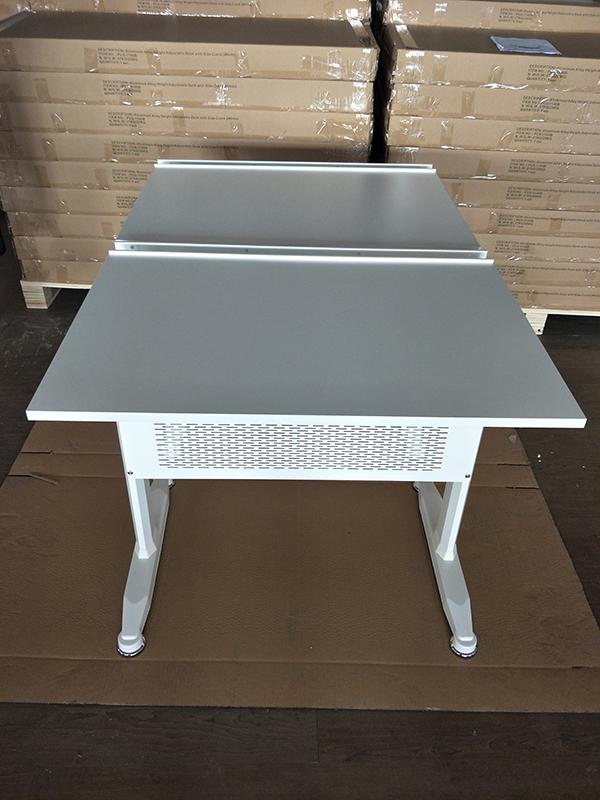 Pengcheng adjustable height work table